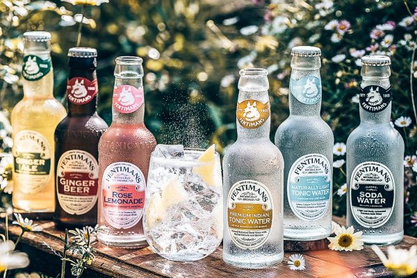 Fentimans, tonic range homepage, Alles over gin.